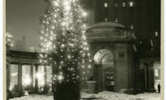 Old_Gateway_Columns_at_Christmas_Minneapolis_Minnesota, 1937, HHM